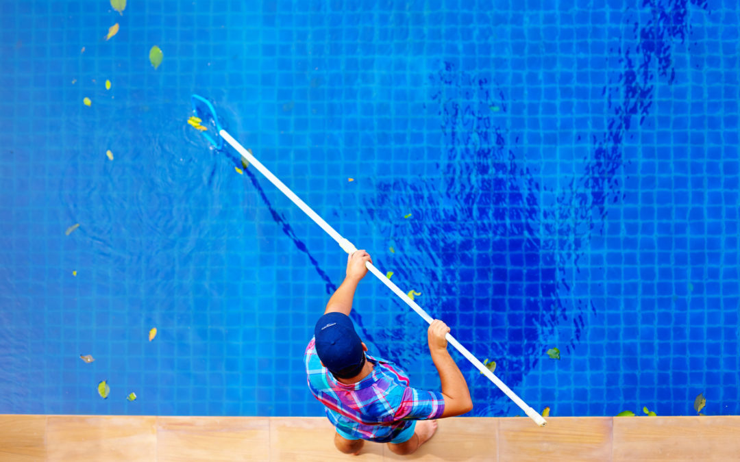 Monthly Pool Cleaning Services In Southern California.
